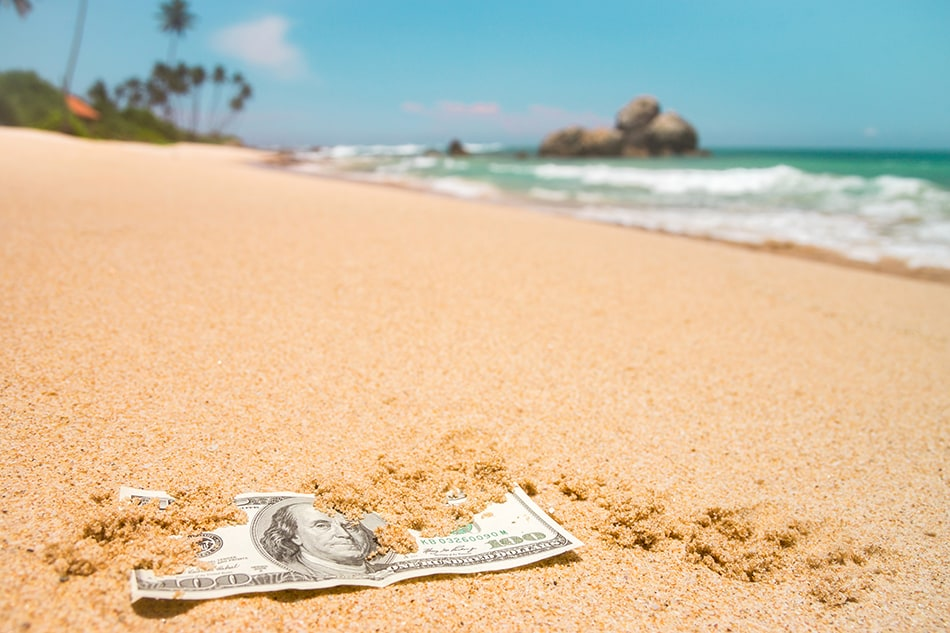 Dream of finding money in sand