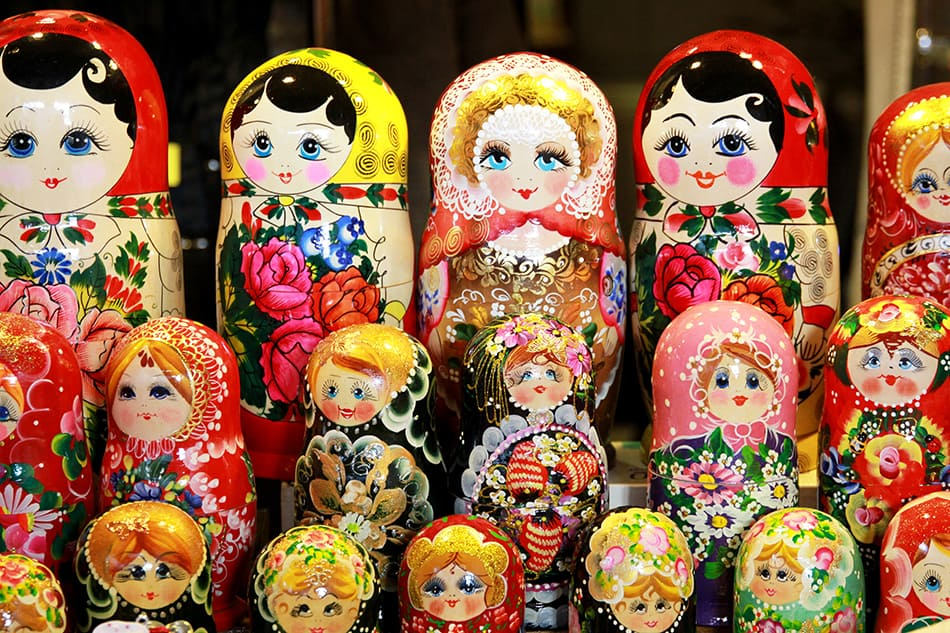 Seeing Many Dolls in a Dream