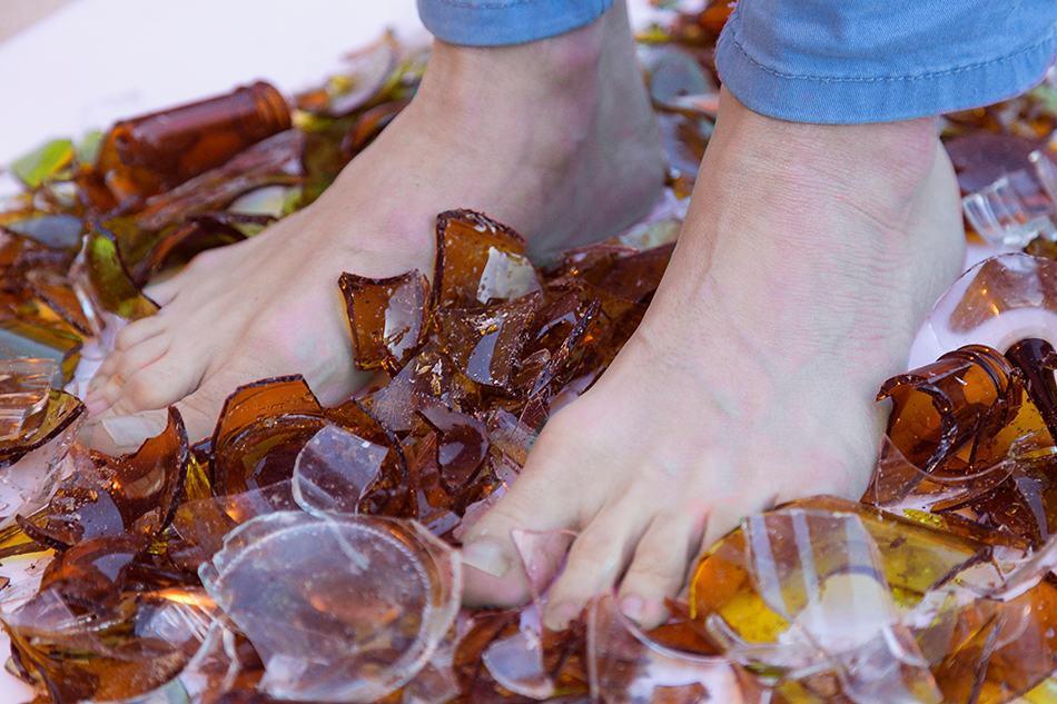 Dream of walking on broken glass