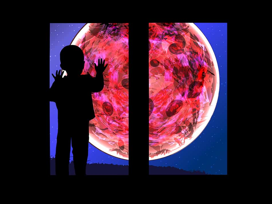 Dream of seeing a blood moon while indoors