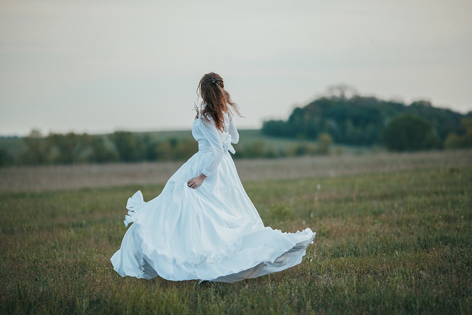White Dress Dream Meaning