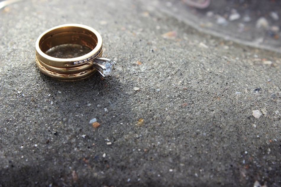 Dream of a lost wedding ring