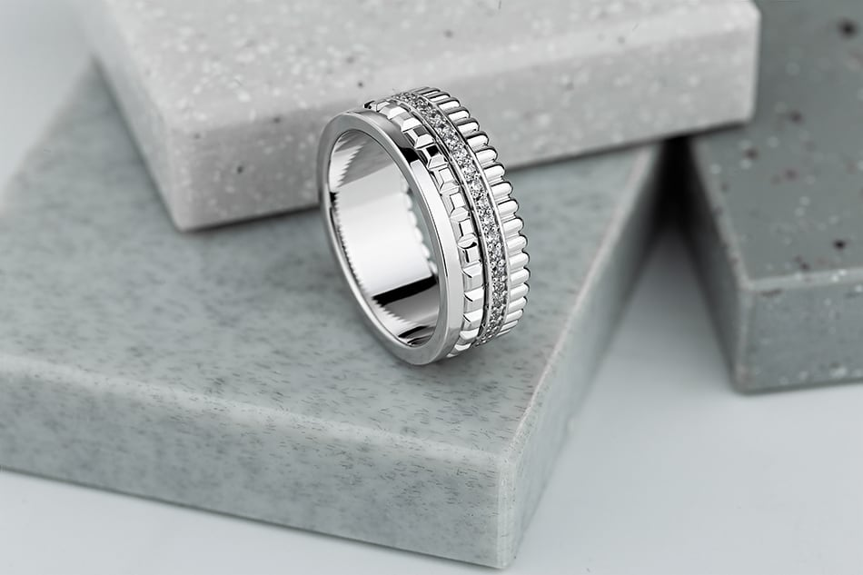Dream of a silver ring