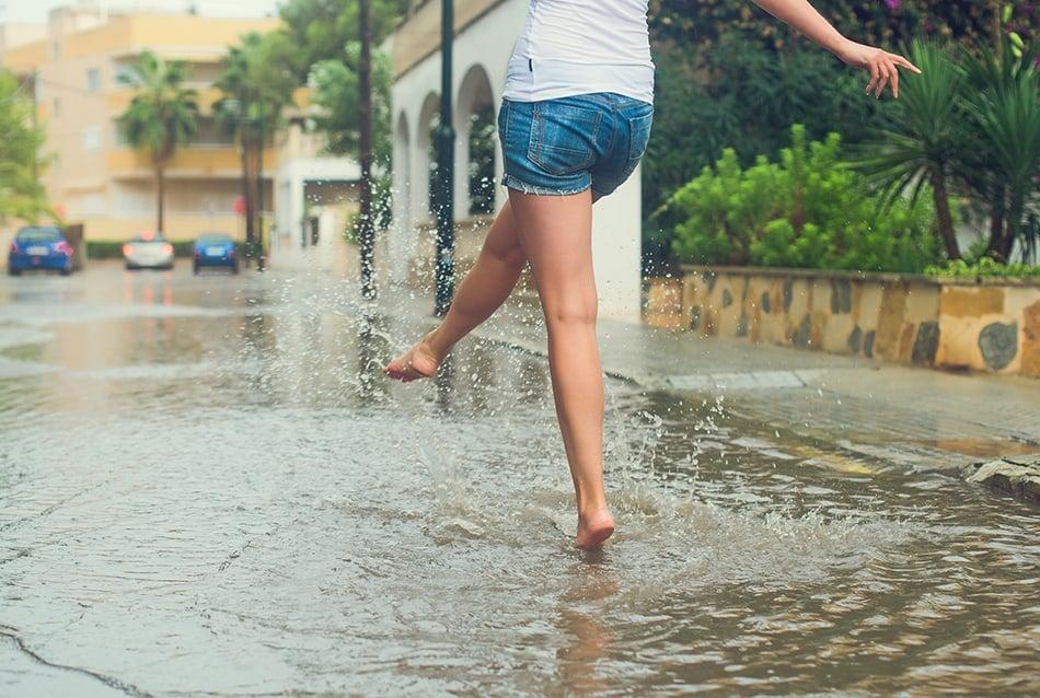 Dream of walking in the rain